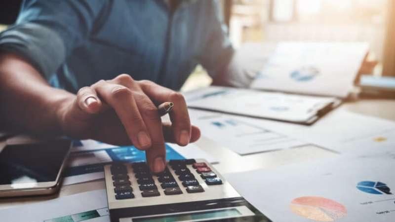 Kakšni so celotni stroški varčevanja v vzajemnih skladih?
