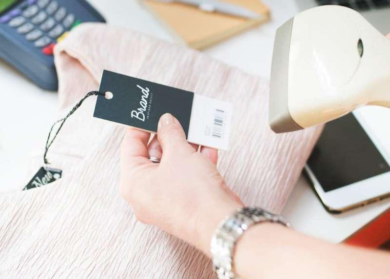 Enostavno in varno sprejemanje plačilnih kartic